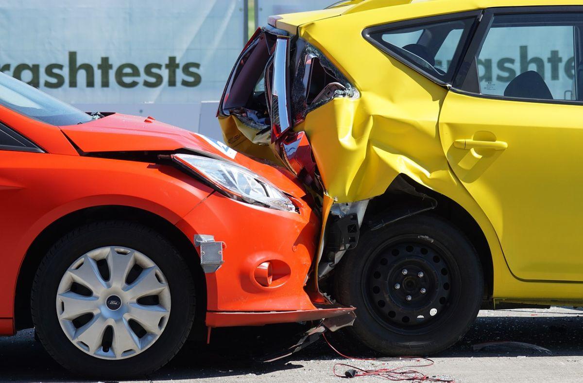 Cómo negociar con tu seguro para que te pague si estuviste en un accidente de auto