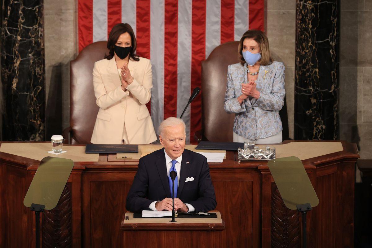 """""""Estados Unidos está en marcha"""": Qué dijo Joe Biden en el Congreso durante la presentación del American Families Plan"""