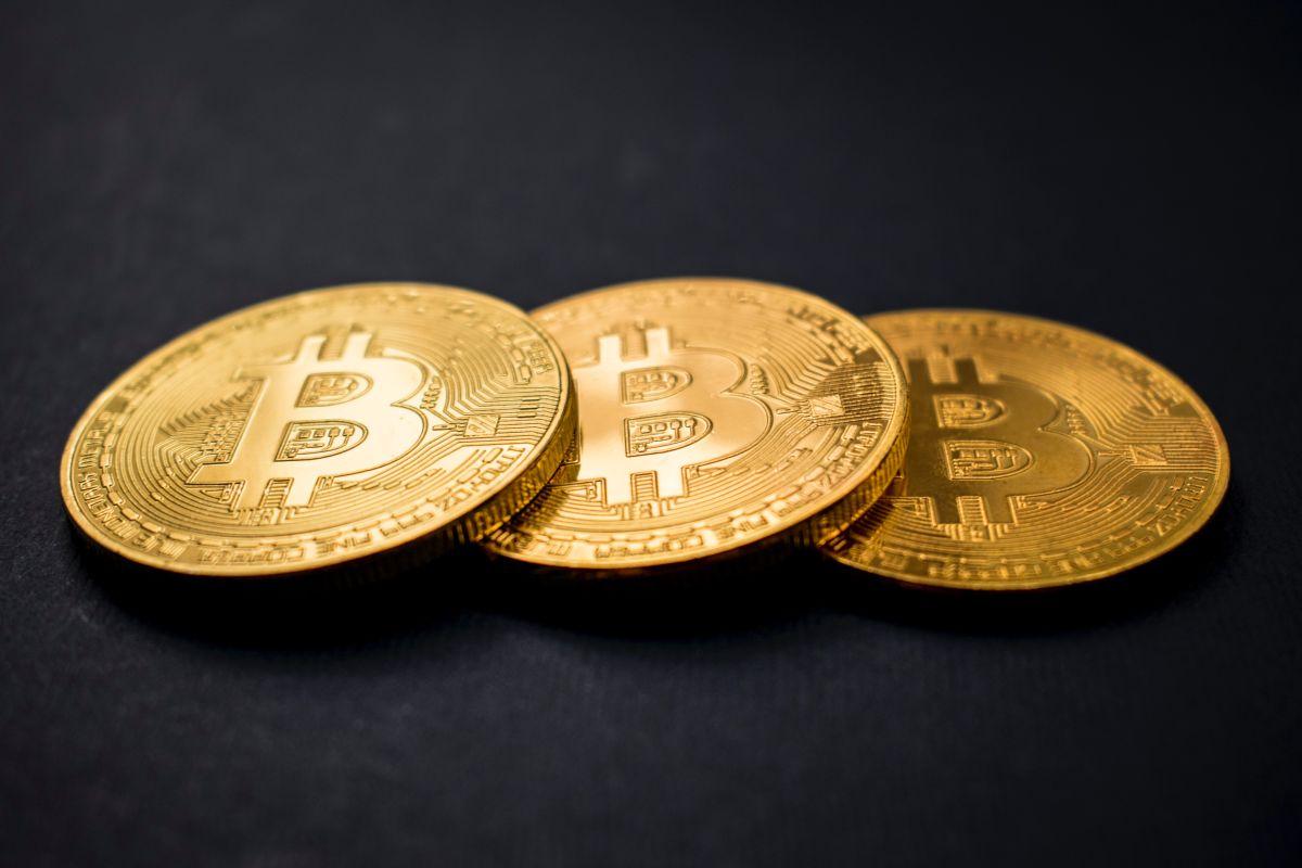 Bitcoin es cada vez más popular y, por ese motivo, es cada vez más costosa de conseguir.