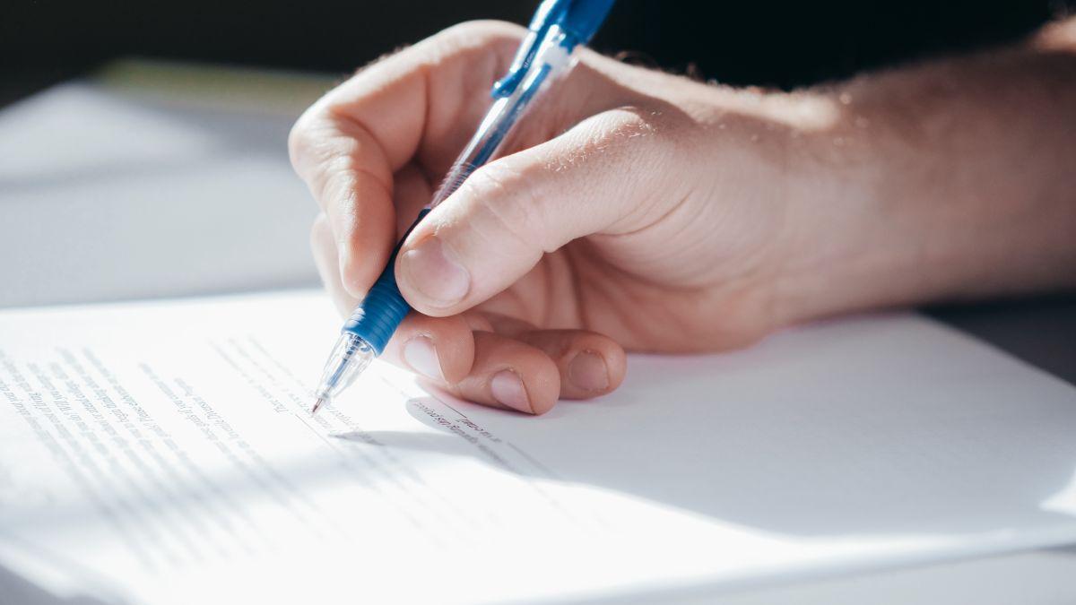 Cómo puedes quitarte como cofirmante de un préstamo y liberar de deudas tu historial de crédito