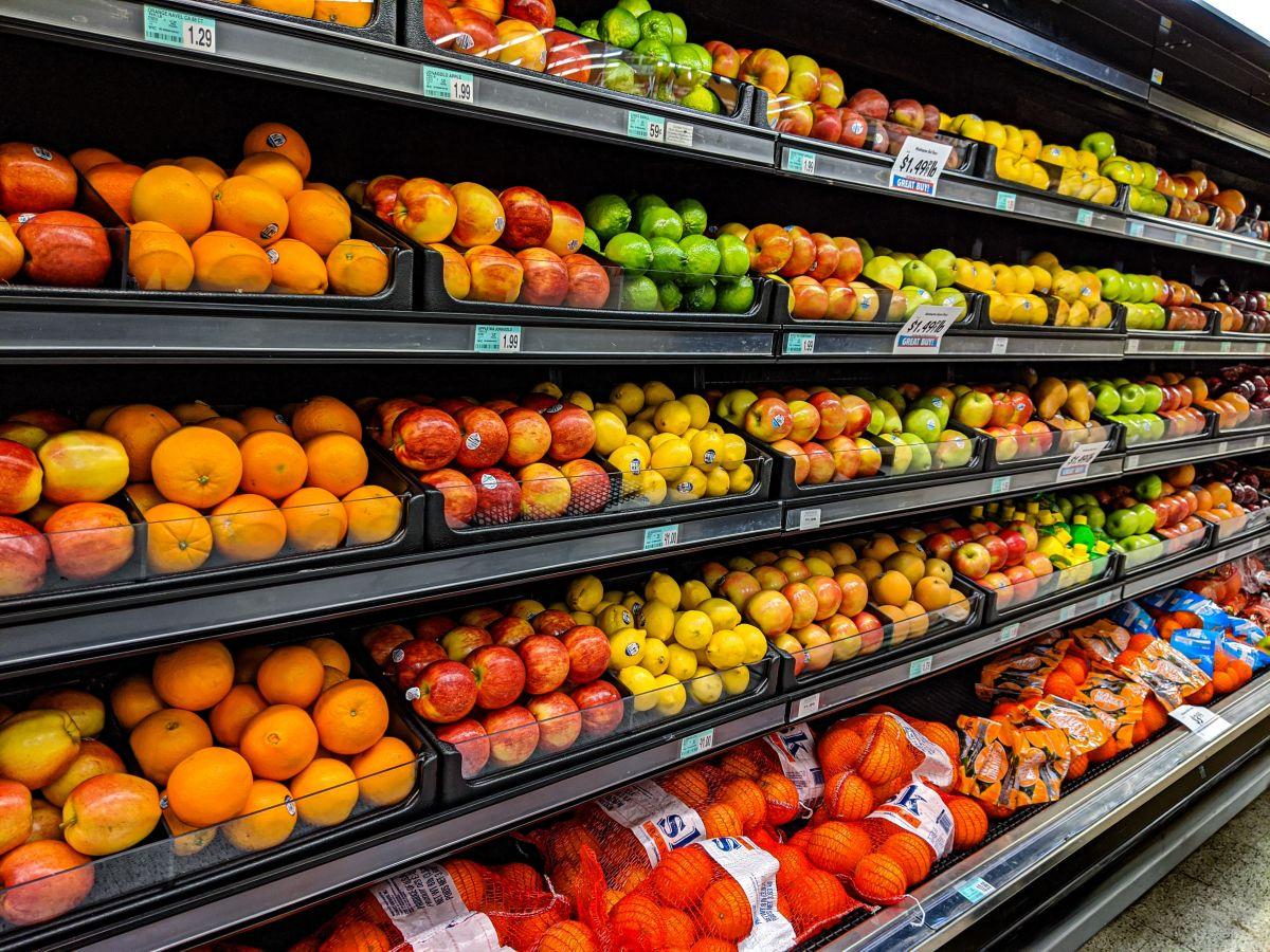 El programa federal estrella para la alimentación, SNAP, obtendría más recursos del American Families Plan para ampliar elegibilidad y beneficios.