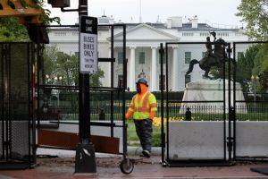 Biden ordenará aumentar el salario mínimo de los contratistas federales a $15 dólares por hora