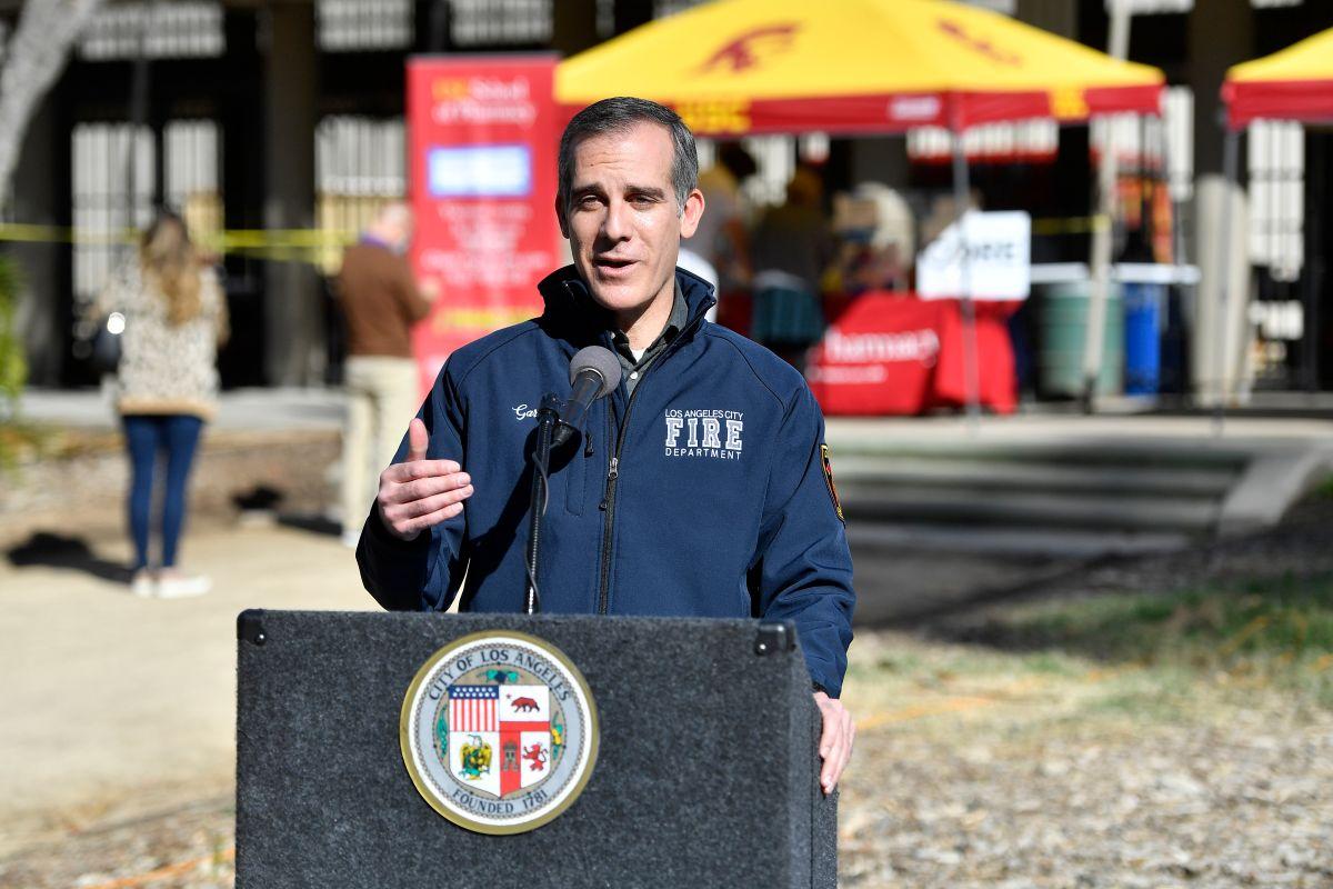 Ingreso Básico Garantizado, ¿cómo es el programa que otorgará $1,000 dólares a 2,000 familias en Los Ángeles?