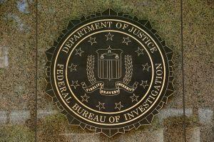 Según el FBI, quiénes son más propensos a sufrir una estafa de los ciberdelincuentes