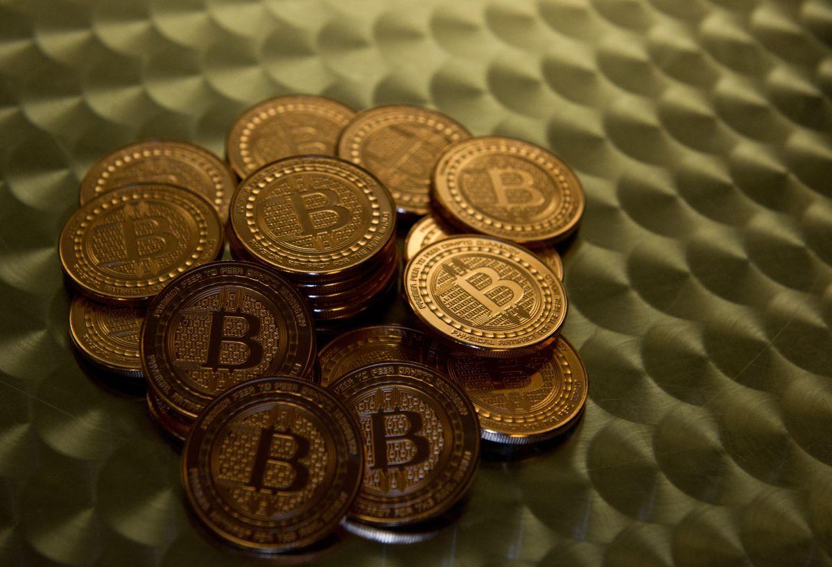 El precio del bitcoin cae por debajo de $60,000: ¿por qué se desplomó el valor de la criptomoneda?