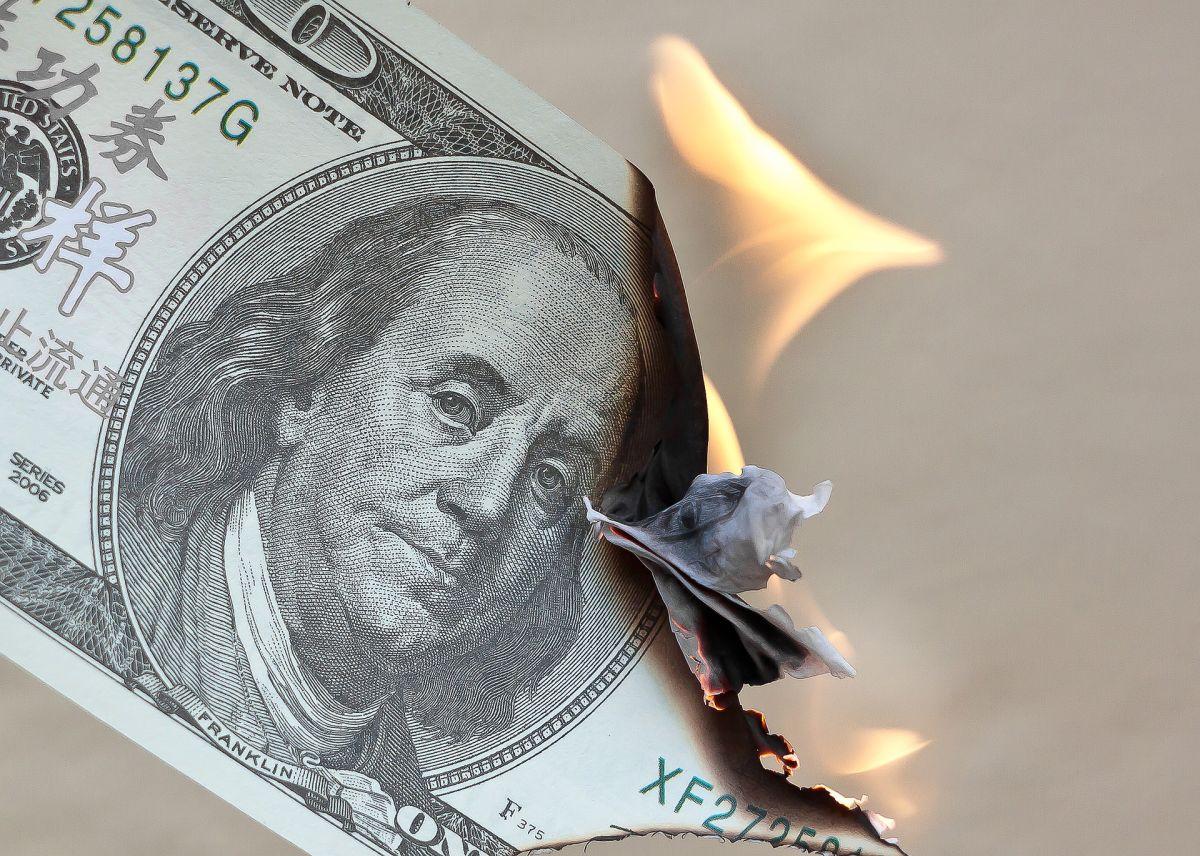 Esta ley te protege para que cuides tu dinero y no pagues de más por una tarjeta de crédito o un préstamo.