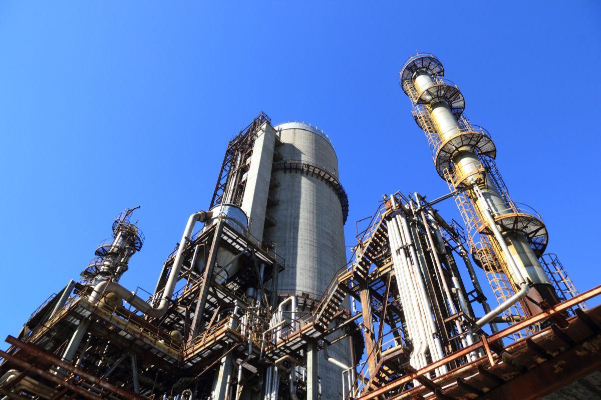 """Buscar empleo en esta industria no es nada complicado, puedes ir a los tradicionales sitios de trabajo comoIndeed,GlassdooroMonster,solo pones tu ciudad y palabras clave como """"oil"""" """"gas industry""""."""