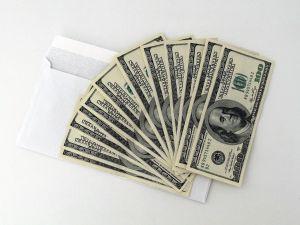 """Tercer cheque de estímulo, reembolso de impuestos y pagos """"plus-up"""": 5 maneras de saber si el IRS te otorgará un pago adicional"""