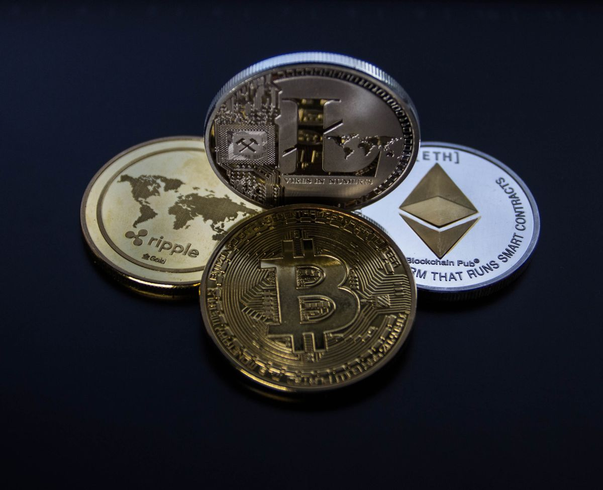 ¿Qué es mas inversión minar o comprar criptomonedas?