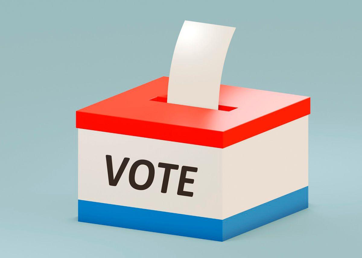 Jesús Gilberto Garza ganó la alcaldía de Arcola tras vencer por apenas 28 votos a su contrincante Mark Smith. Su cargo lo tomará el 3 de mayo por los siguientes cuatro años.
