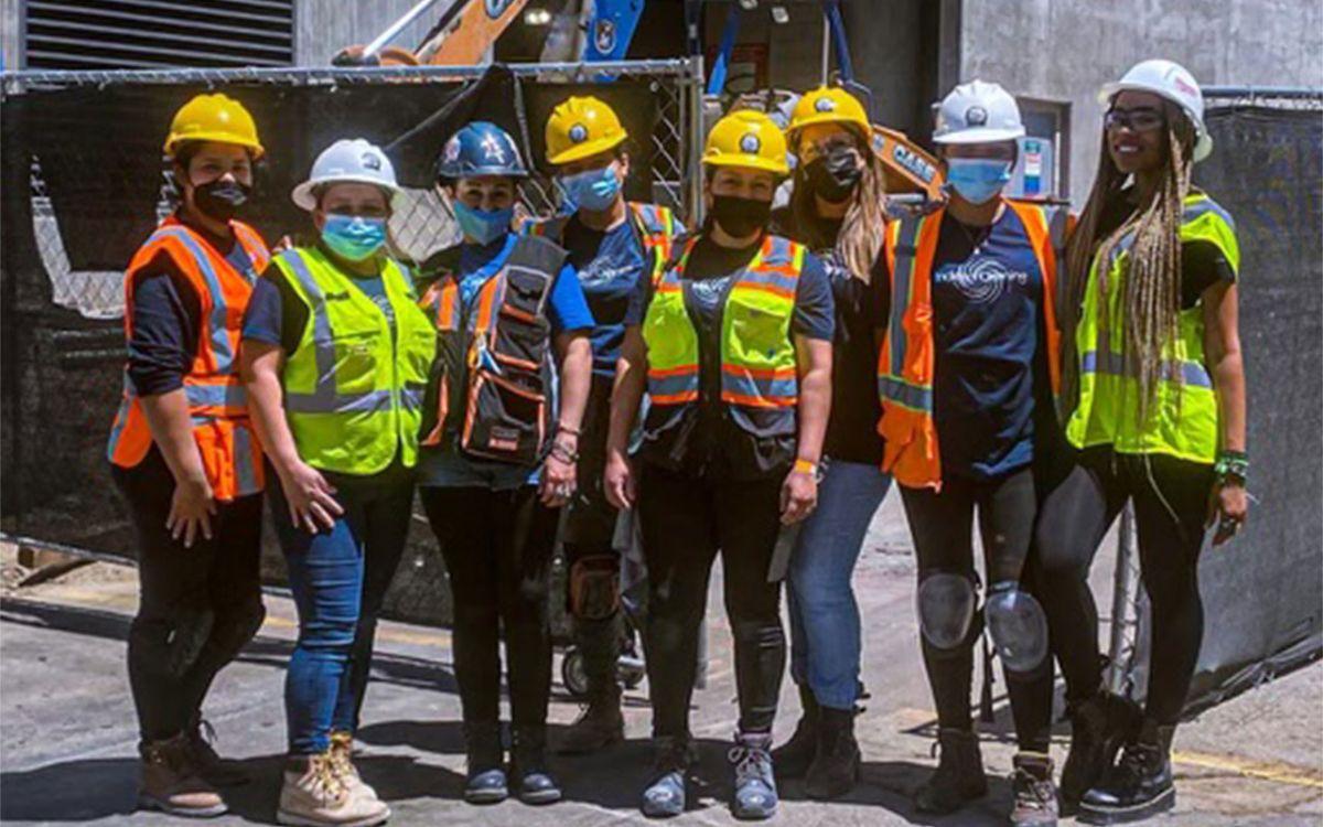 Contrato De $100 A $ 1 Millón: Cómo Una Emprendedora Latina Está Haciendo Crecer Su Negocio De L.A. En Un Gigante Líder De La Limpieza Comercial