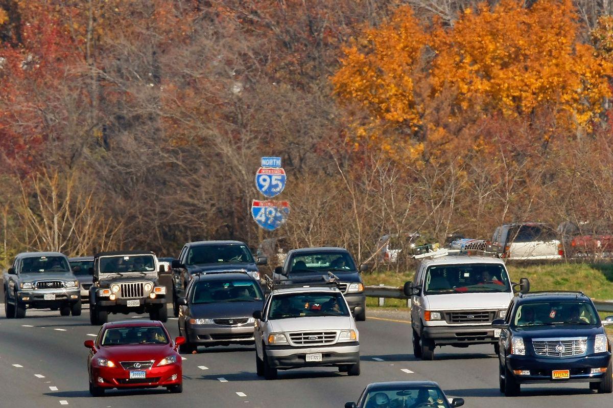 Miles de automovilistas tomarán las carreteras el próximo fin de semana.