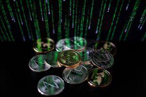 Dogecoin, Bitcoin y crisis en China: cuál criptomoneda tiene más futuro para invertir