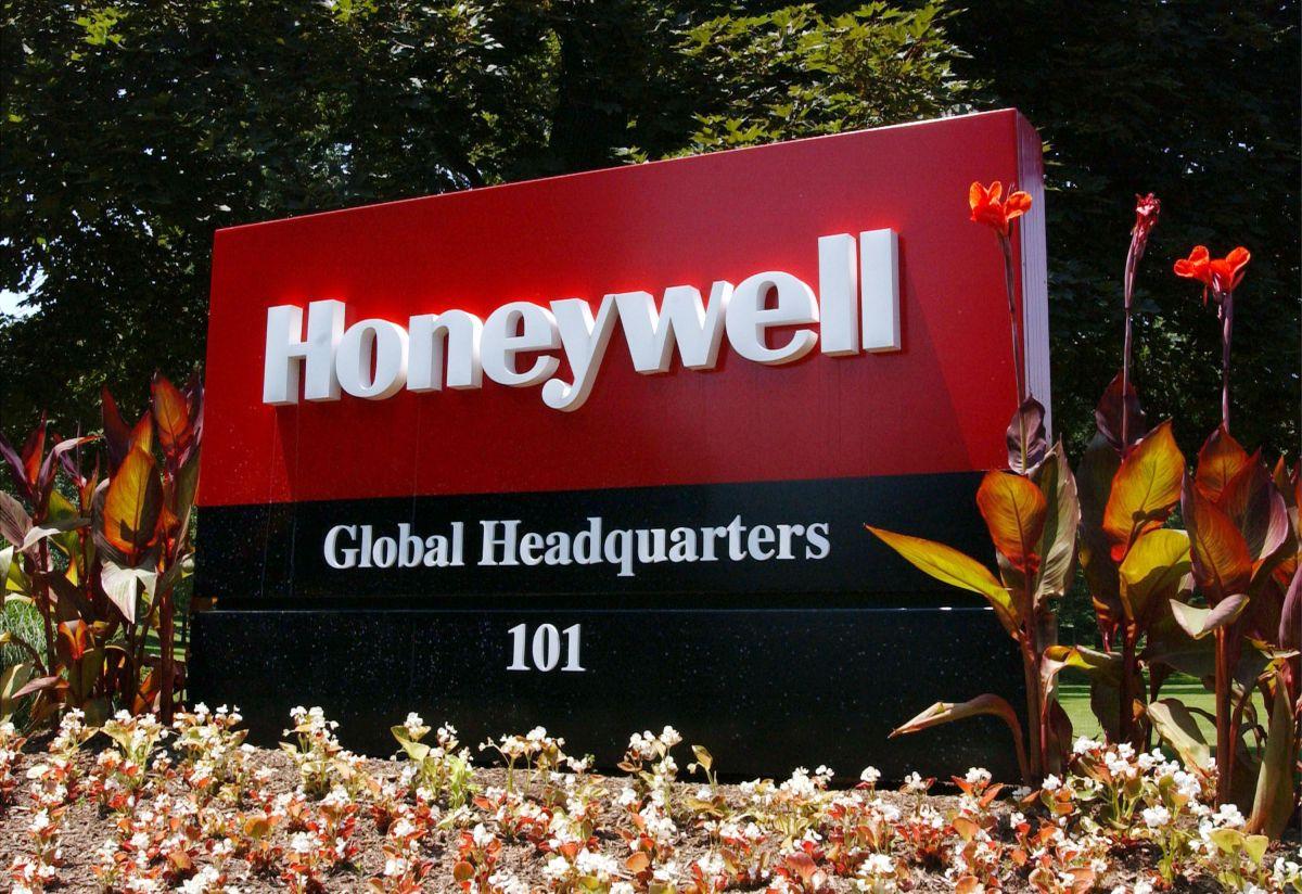 Honeywell despedirá a casi 500 trabajadores en una planta de Rhode Island.