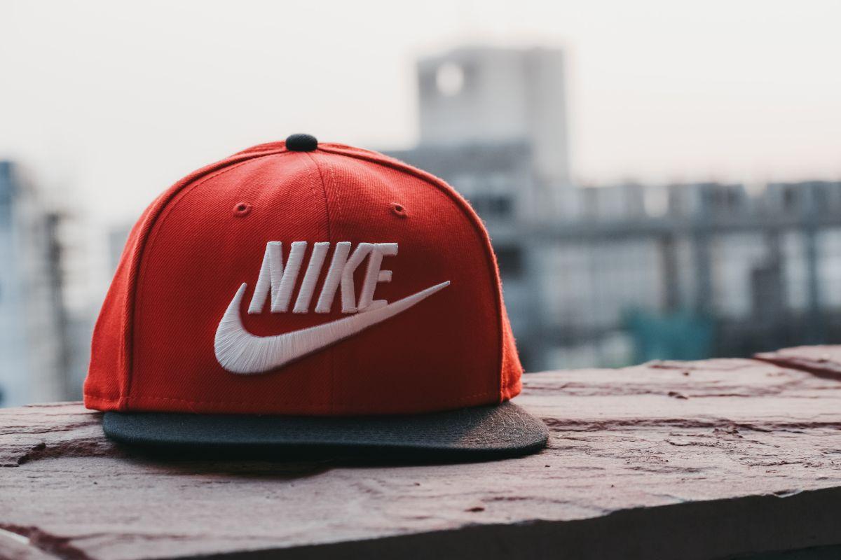 Nike tiene descuentos atractivos para este fin de semana del Memorial Day o Día de los Caídos.