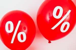 ¿Por qué es diferente la APR (tasa porcentual anual) de la tasa de interés de un préstamo personal?
