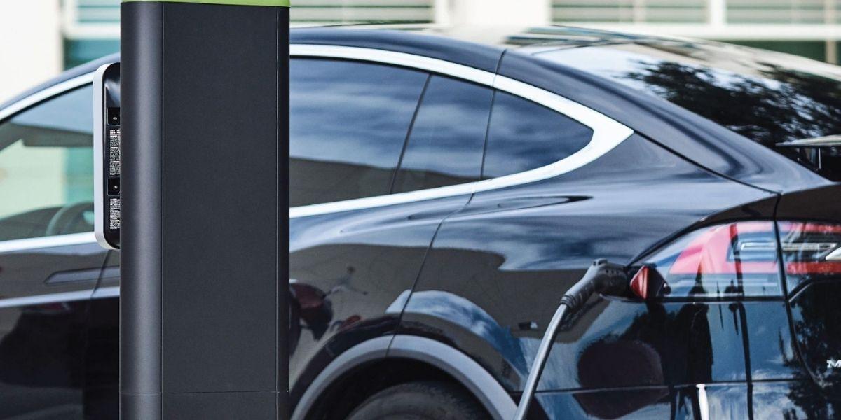 ¿Cuánto cuesta cargar un auto eléctrico en casa? No hay respuesta fácil.