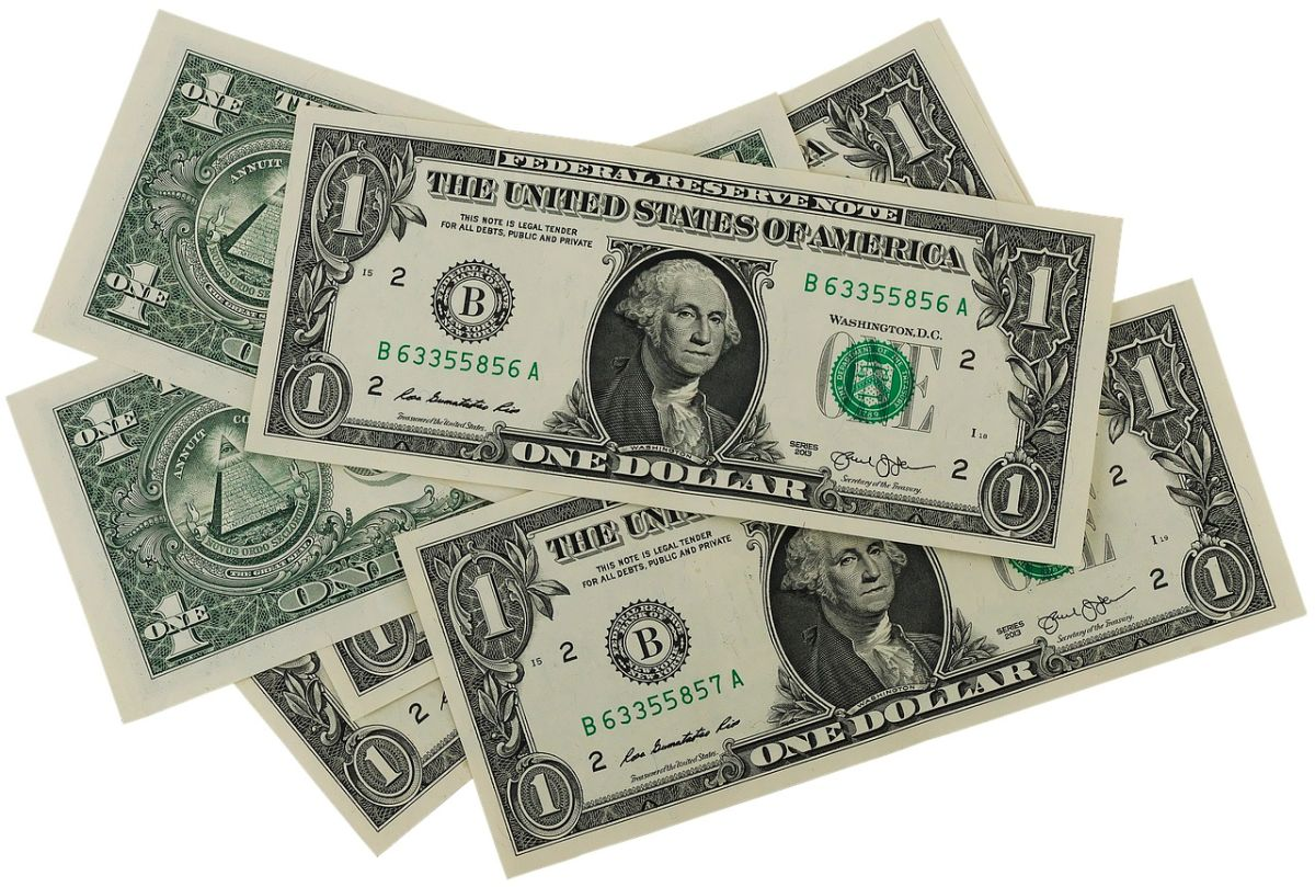 El IRS seguirá haciendo cada semana pagos correspondientes al tercer cheque de estímulo.