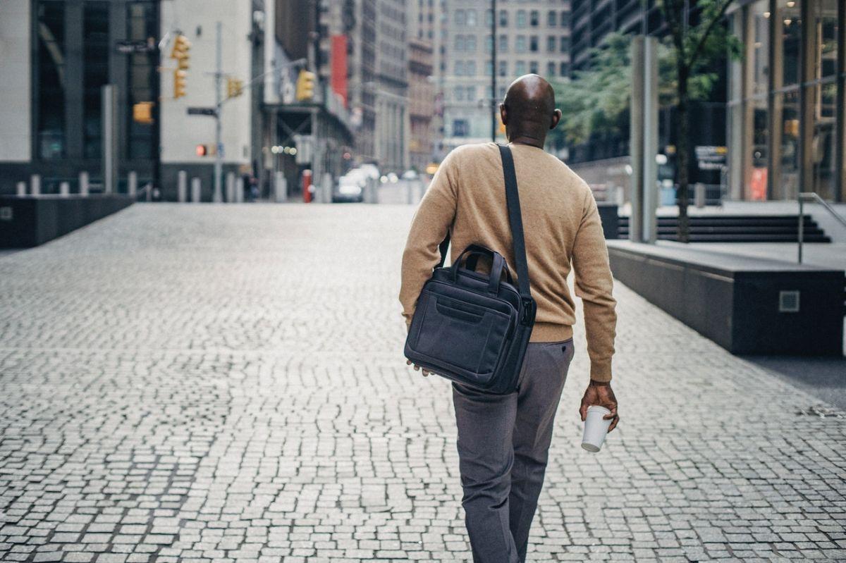 El insólito caso de un hombre que recibió salario por 15 años, pero no trabajó ni un solo día