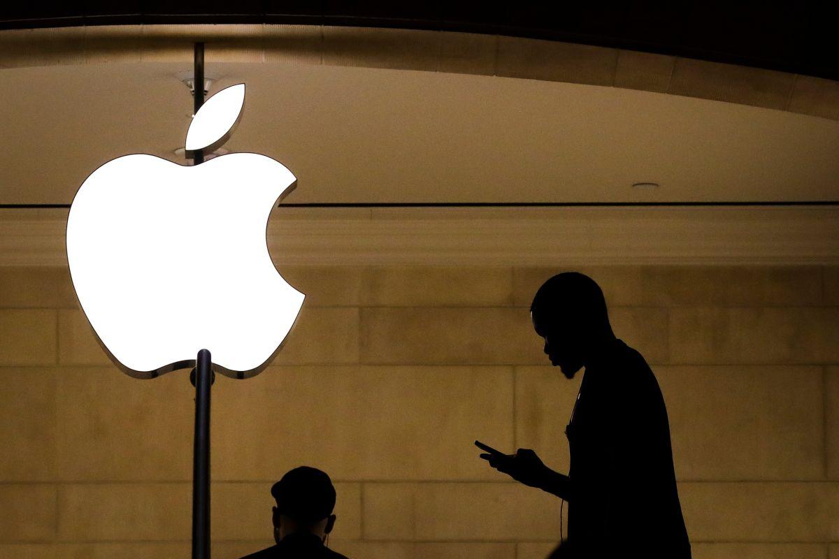 Tim Cook, CEO de Apple, solicitó a sus trabajadores regresar tres días a la oficina; ellos le responden.
