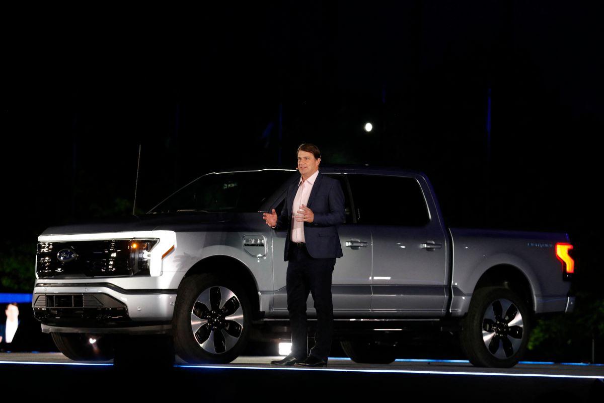 El éxito de la Ford F-150 eléctrica: ya hay 100,000 camionetas reservadas