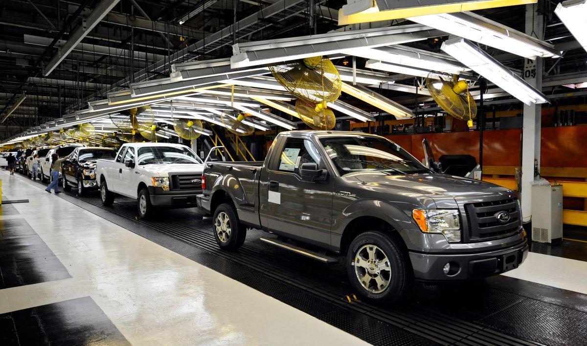 Dada la escasez de inventario en Estados Unidos, Ford te devolverá $1,000 dólares si tienes que esperar tu auto nuevo