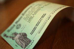 Tercer cheque de estímulo: IRS envió 2.3 millones de pagos nuevos en las últimas dos semanas