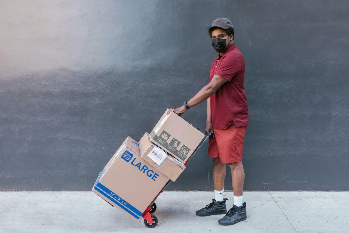 Estímulo a trabajadores esenciales: en Oxnard, California, se les ofrecerán $1,000 dólares como bonus por haber enfrentado la pandemia