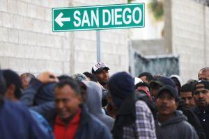 Cheque de estímulo en California: cómo los migrantes indocumentados podrían recibir hasta $2,200 dólares