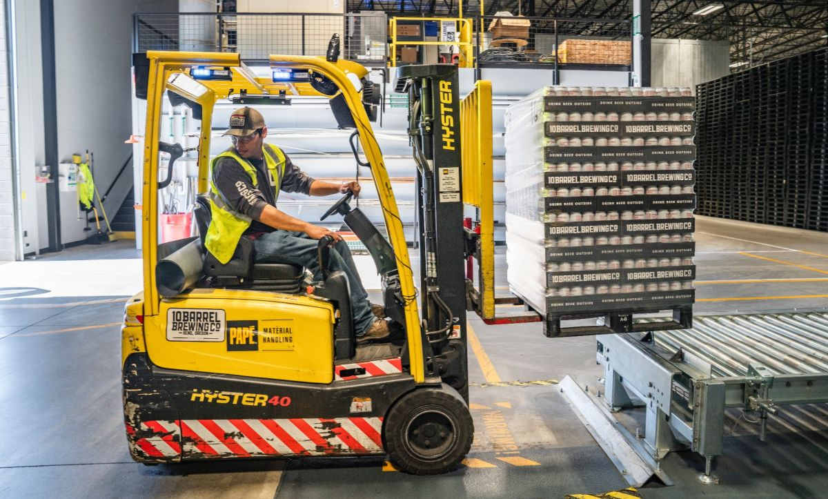 Diversas industrias necesitan de mano de obra que requiere de la visa de trabajo H-2B.