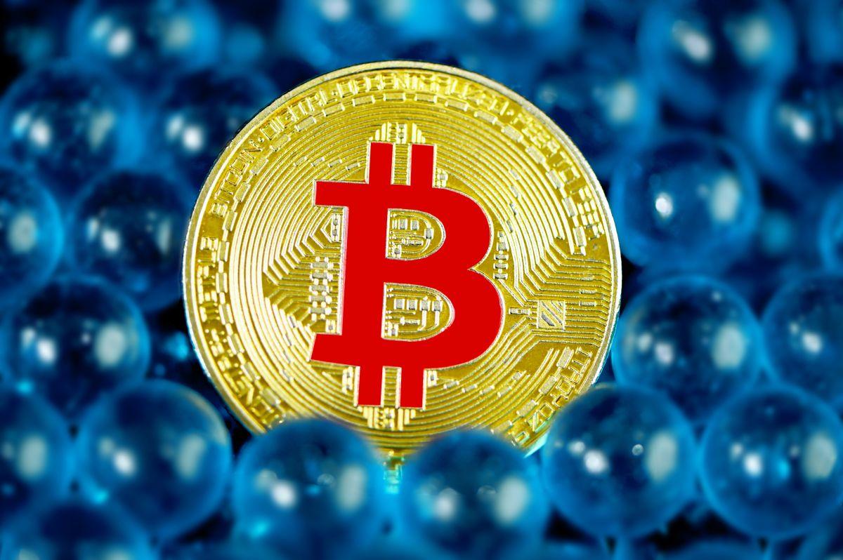 Aunque no hay versiones oficiales, que tanto Walmart y Amazon quieran involucrarse con Bitcoin puede estar más cerca de lo pensado.