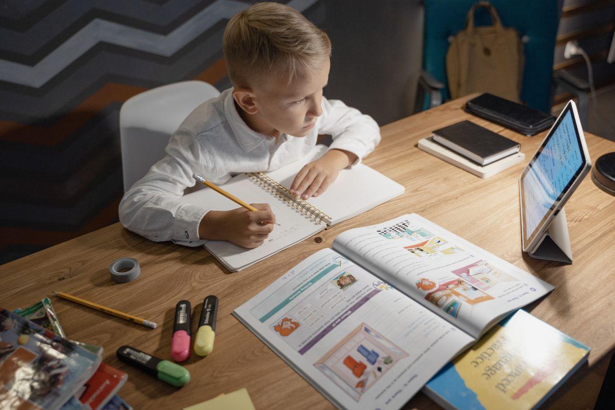 Sin importar la edad, tu hijo merece estar bien preparado para este regreso a clases, para ello puedes suministrar todas sus necesidades en Target.