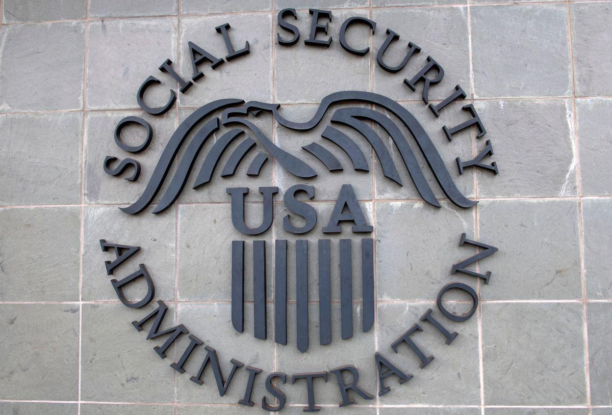 Los pagos del Seguro Social podrían atrasarse en caso de que el gobierno llegue a cerrar por la falta de un acuerdo para el presupuesto 2021.  (Foto por VALERIE MACON/AFP via Getty Images)