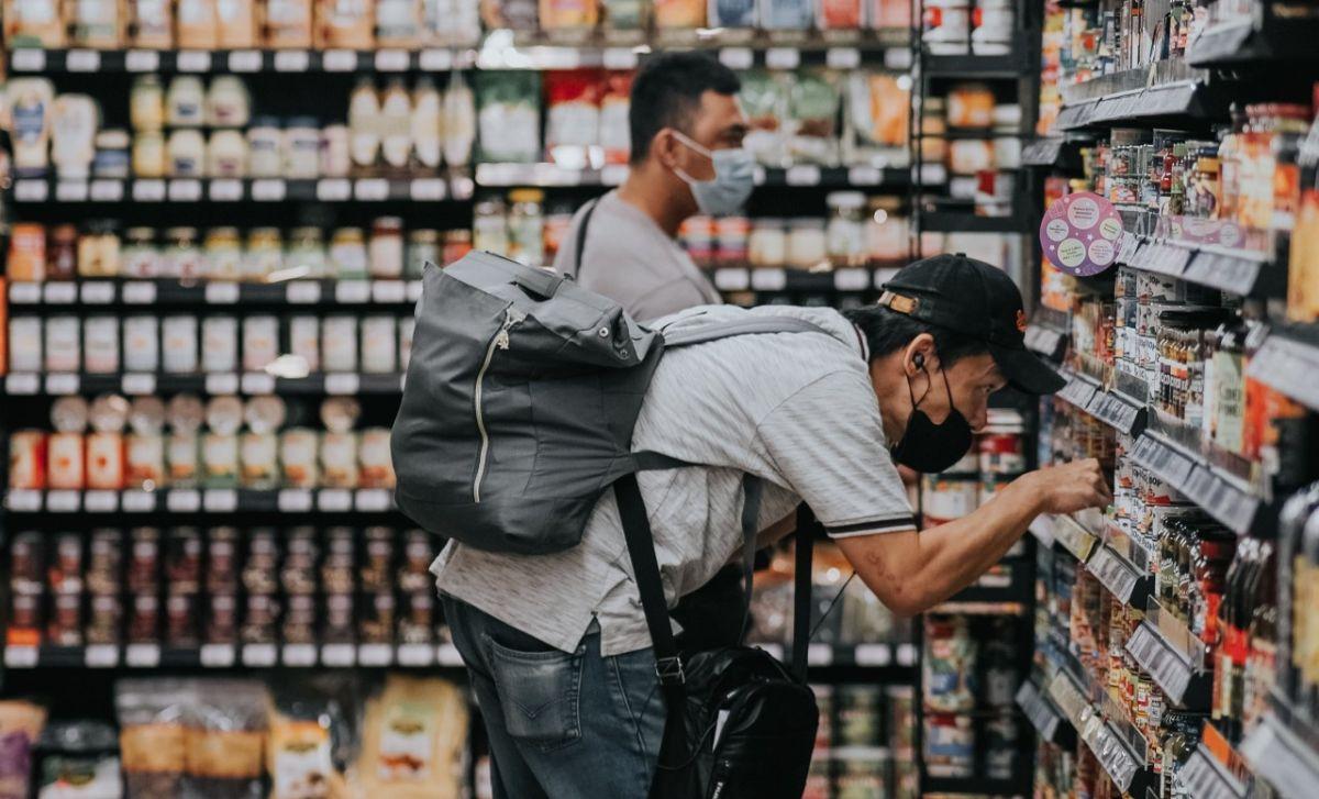 Los precios de los productos básicos aumentan con la inflación; que las estimaciones se reduzcan siempre beneficiará al bolsillos de los consumidores.