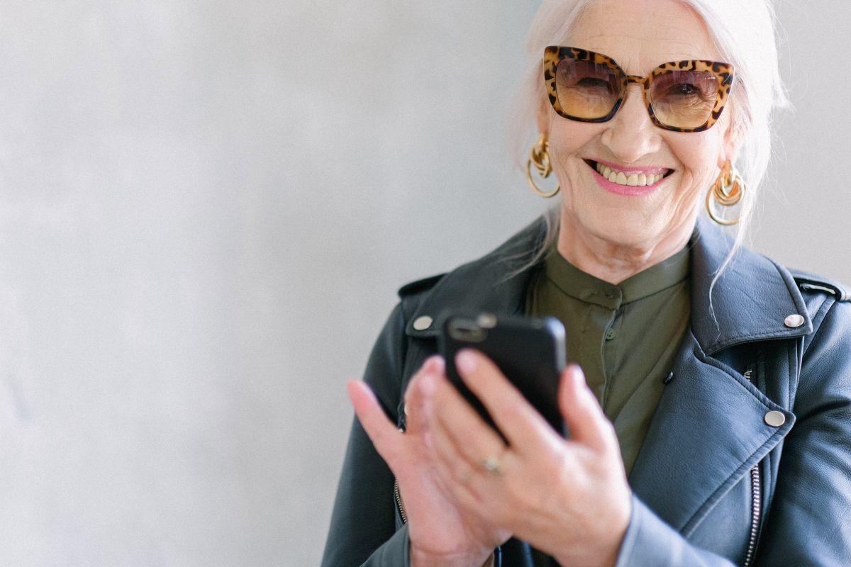 Las aplicaciones de celular te pueden ayudar a visualizarte en el futuro.