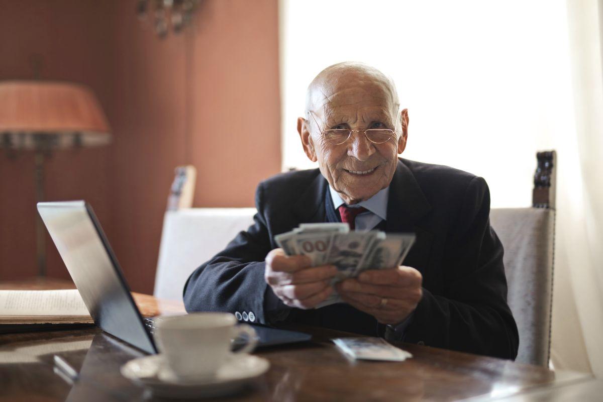 Hay un límite de ingresos determinado año por año para gravar los beneficios del Seguro Social.