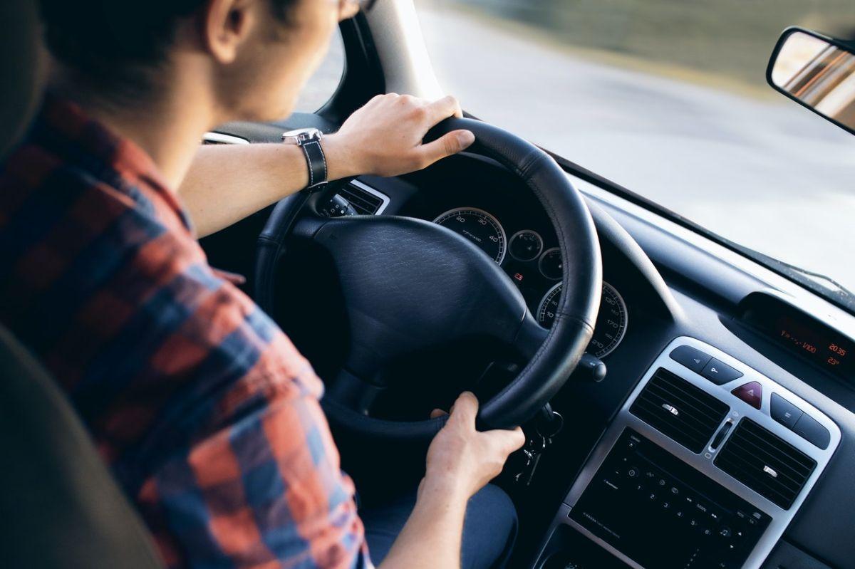 En ocho estados podrás portar tu licencia de conducir desde tu Apple Wallet.