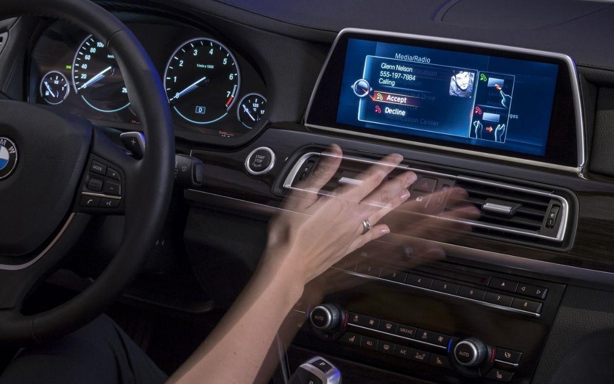 La tecnología de control de gestos de BMW fue una de las primeras en la industria.